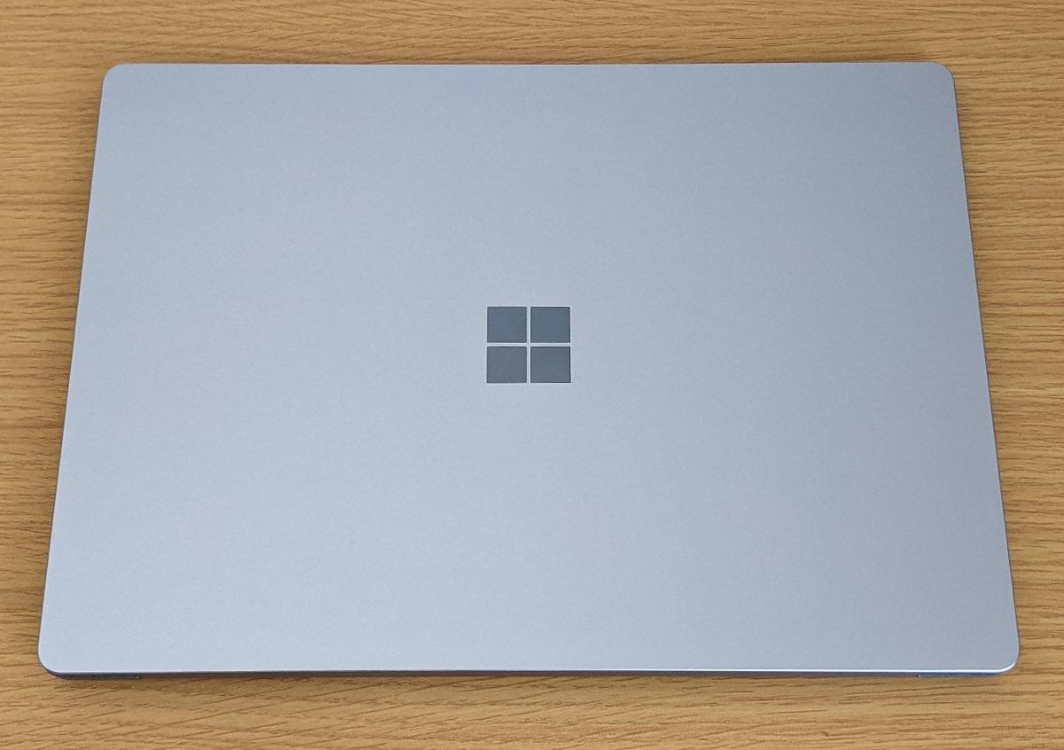 Microsoft Surface Laptop 4 天板