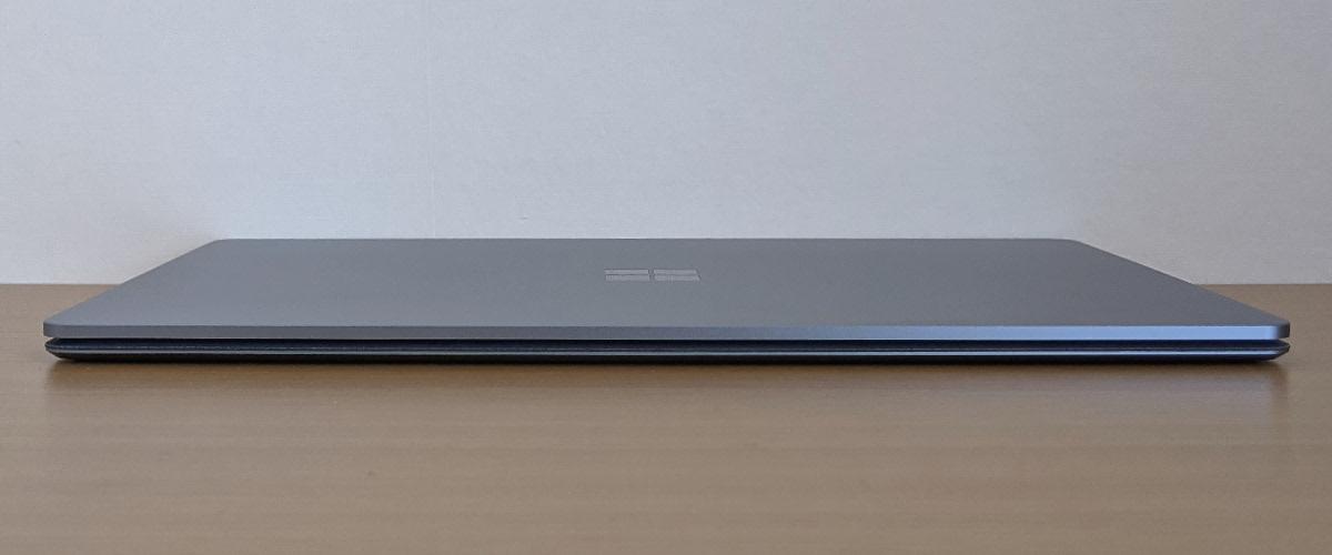 Microsoft Surface Laptop 4 前面