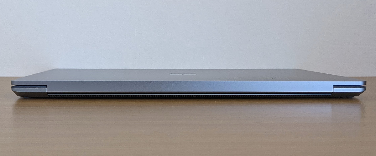 Microsoft Surface Laptop 4 背面