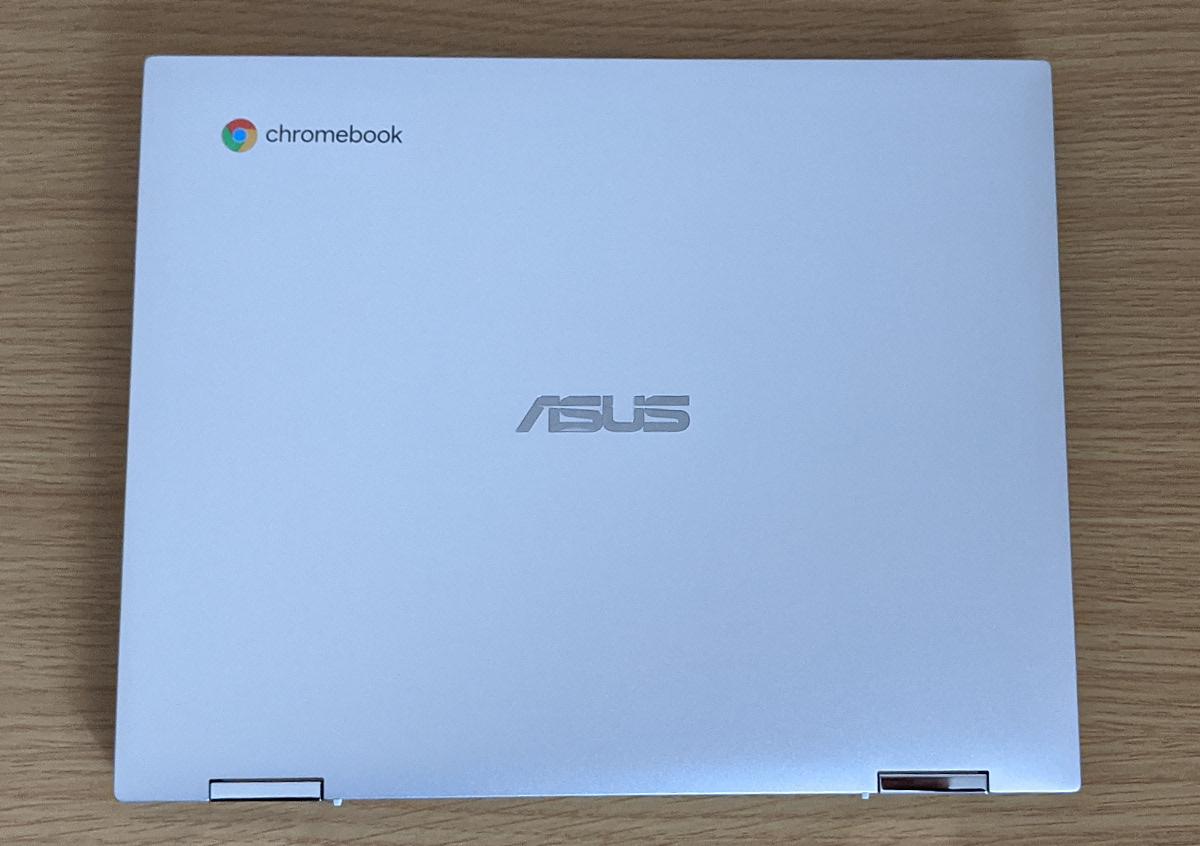ASUS Chromebook Flip CM3 天板
