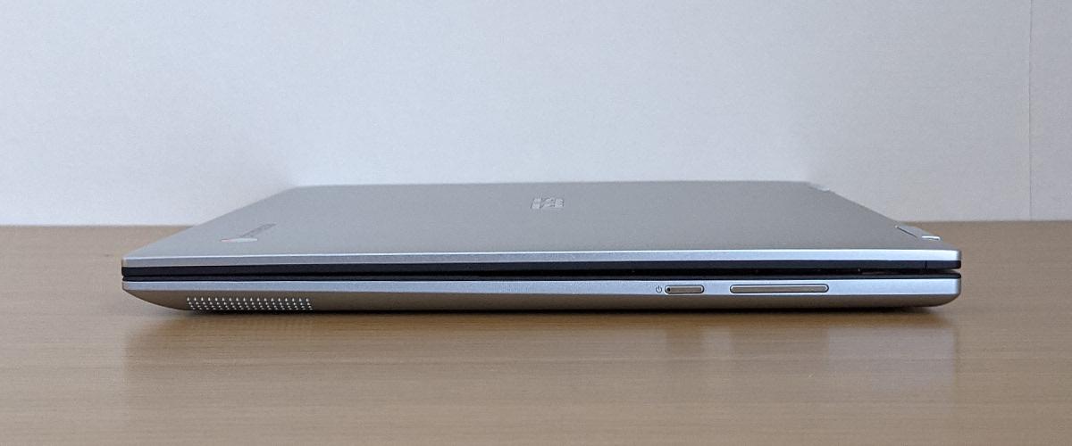 ASUS Chromebook Flip CM3 右側面