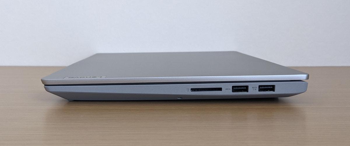 Lenovo IdeaPad Slim 550 14(AMD)右側面