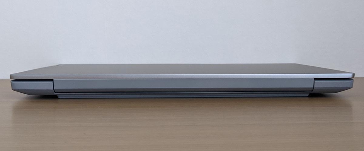 Lenovo IdeaPad Slim 550 14(AMD)背面