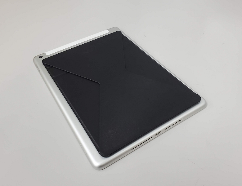 iPadに装着してみた様子