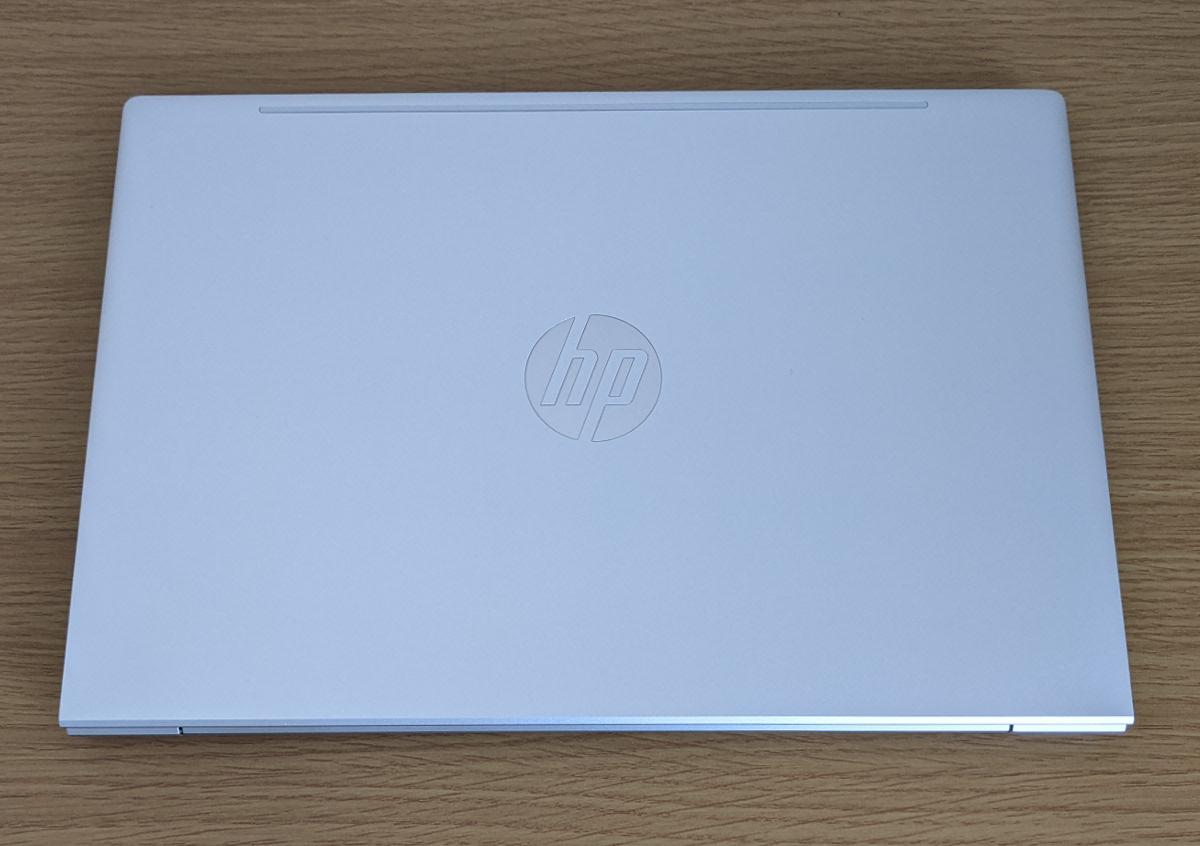 HP ProBook 430 G8 天板