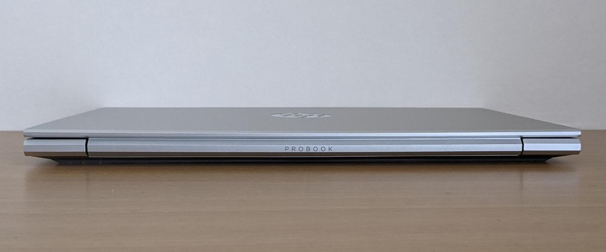 HP ProBook 430 G8 背面
