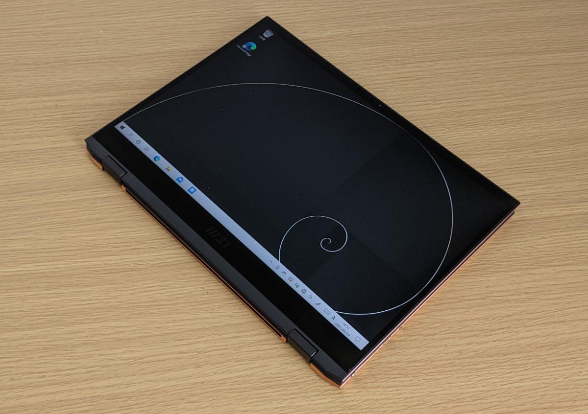 MSI Summit E13 Flip Evo タブレットモード