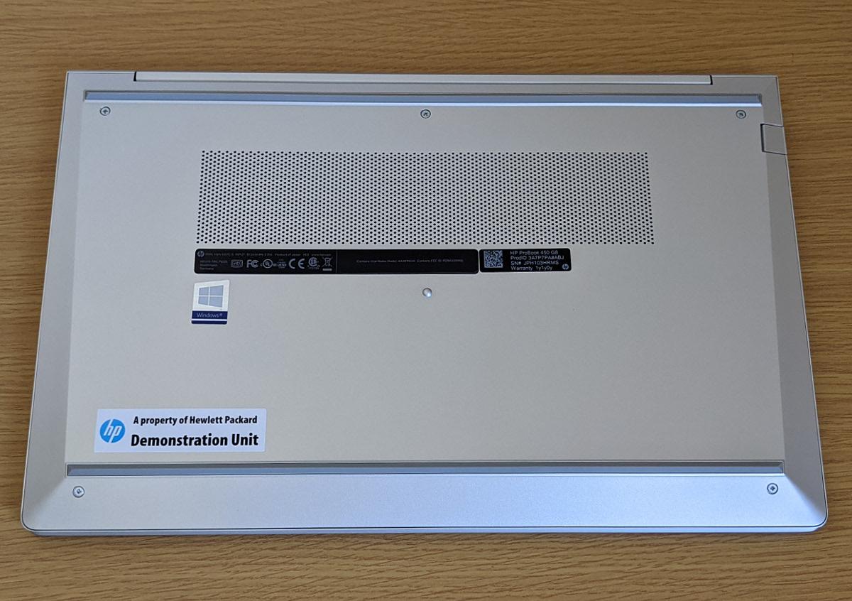 HP ProBook 450 G8 底面