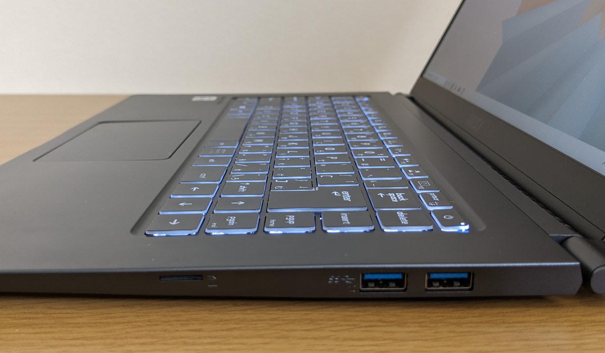 MSI Modern-15-A10M-478JP キーボード