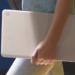 Google Pixelbook Go - 13.3インチで驚きの軽さ、持ち運びしやすい特徴的なデザインが目を引くGoogle製のChromebook